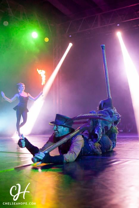 MU circus-logo-18